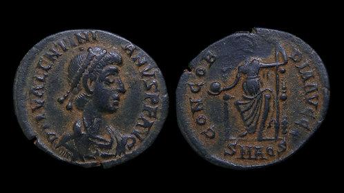 VALENTINIAN II . AD 375-392 . AE3 . Roma Enthroned . Aquileia