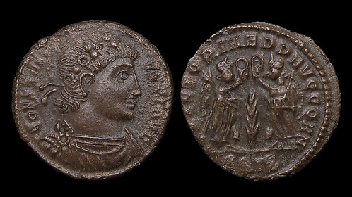 CONSTANTIUS II . AD 337-361 . AE4 . Two Victories . Siscia mint