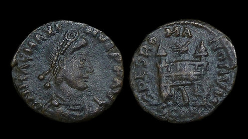 MAGNUS MAXIMUS . AD 383-388 . AE4 . Campgate . Well-centered and nice for type