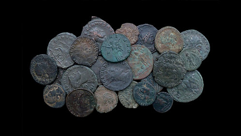 LOT of 25 ROMAN IMPERIAL COINS . 3rd - 4th century AD . Various rulers and types