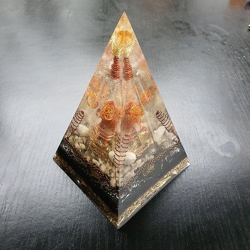 NUBIAN Pyramid Orgone XL