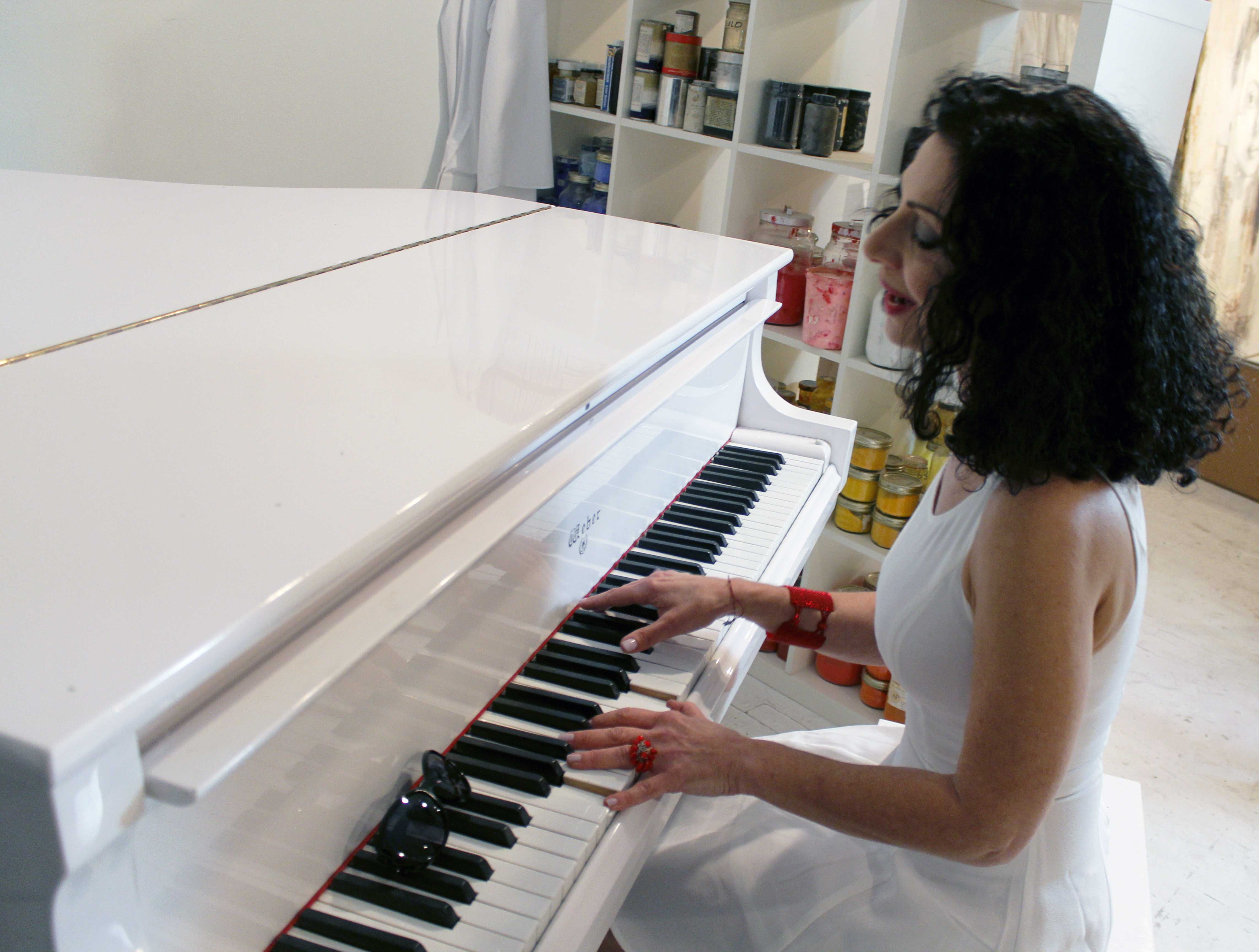 Lady Sylva au piano