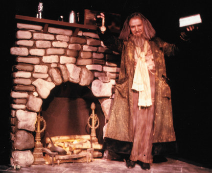 Michael Replogle as Fagin in Oliver