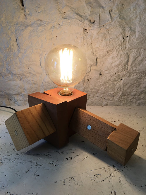Magnet Cube Masa Lambası-Teşhir