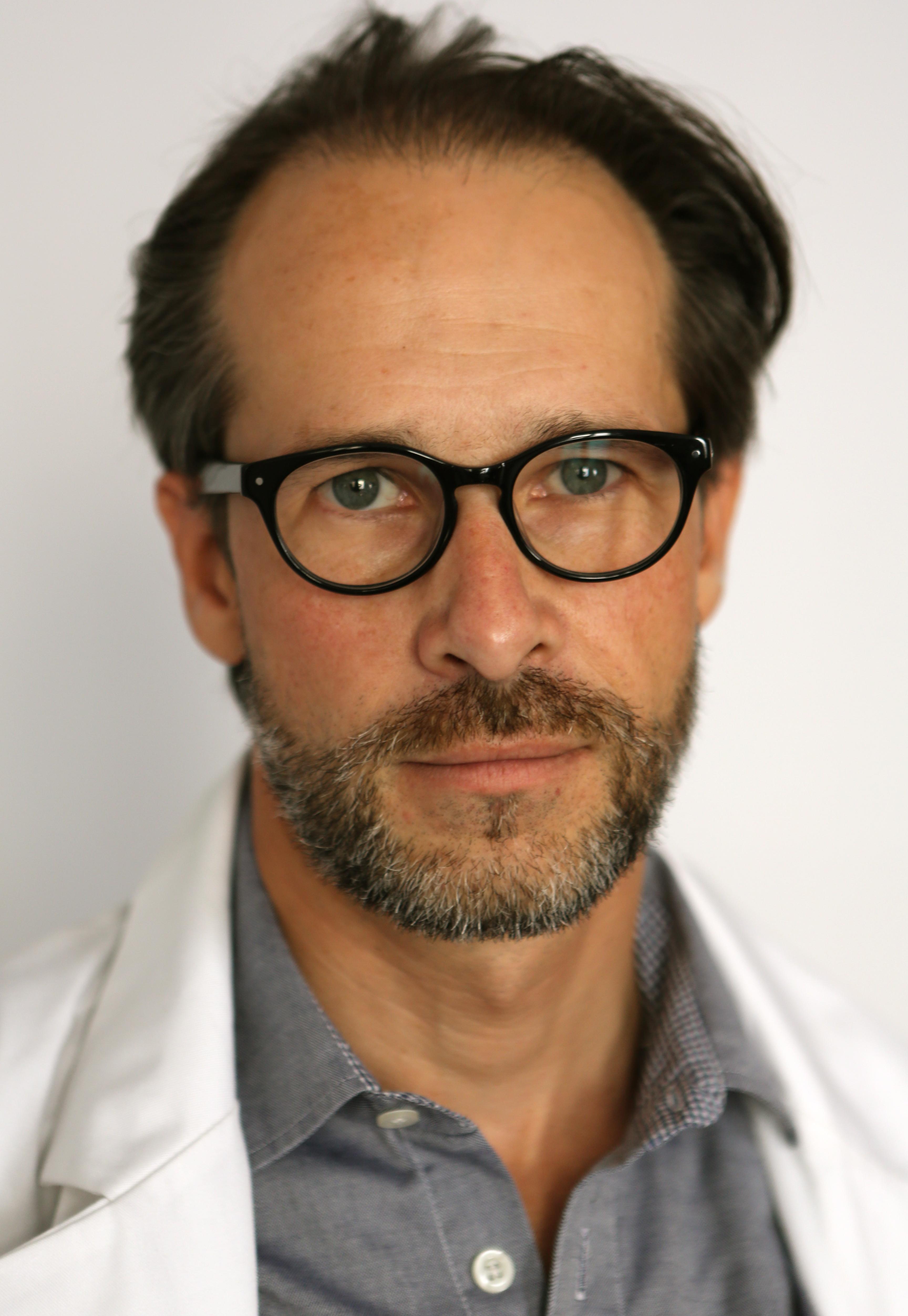 Michel NABOKOV Medecin