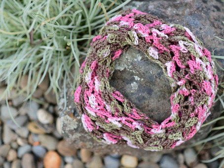 Crochet Lacy Infinity Scarf Pattern & Tutorial