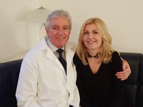 O rekonstrukci prsu po nádorovém onemocnění, psychice a komplexní pomoci, s docentem Janem Měšťákem