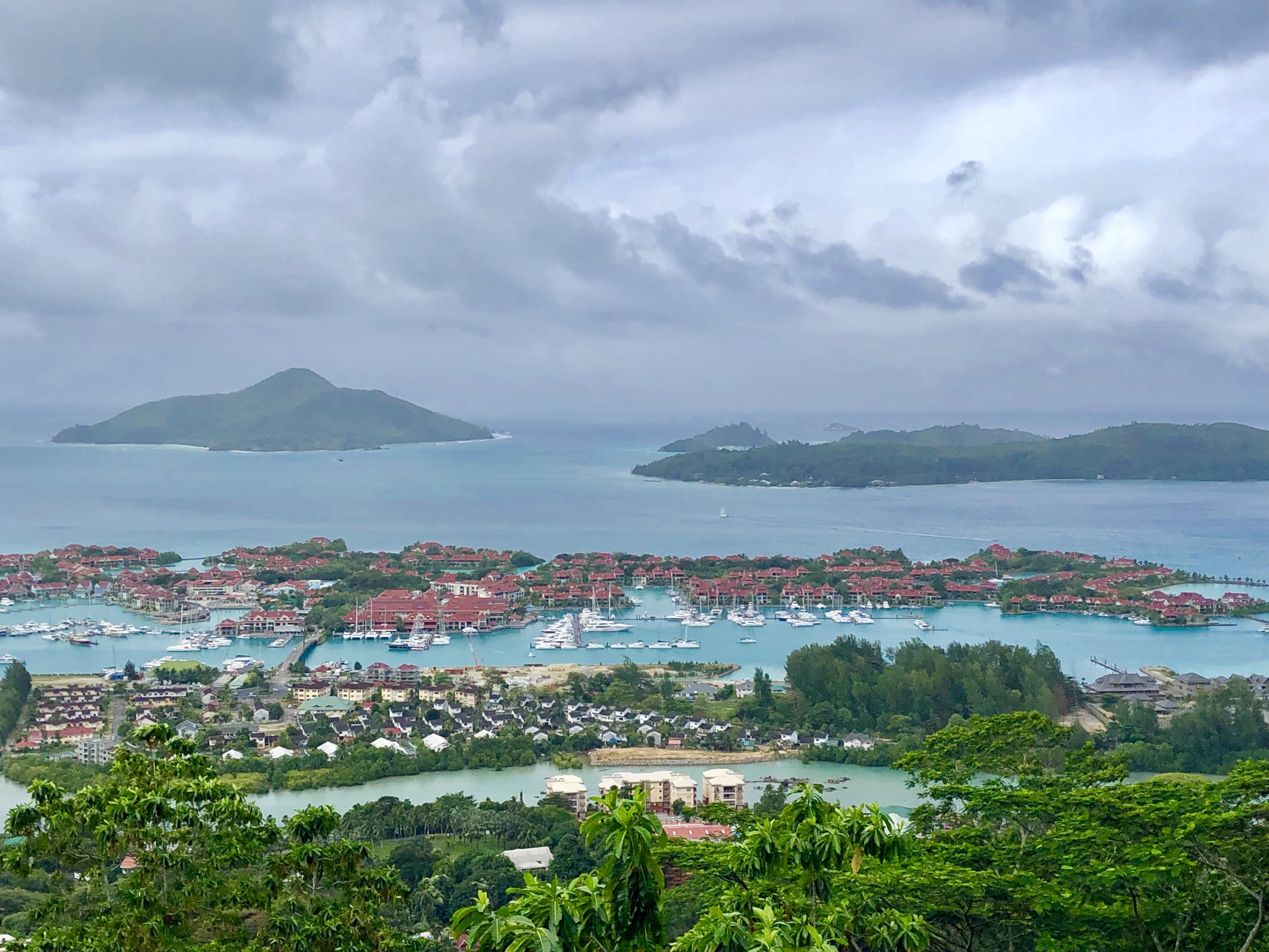Eden Island & La Marina