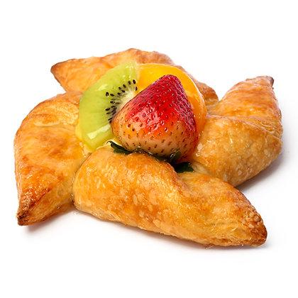Mixed Fresh Fruit Danish (B)