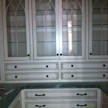 (12) Painted Butlers pantry with glaze