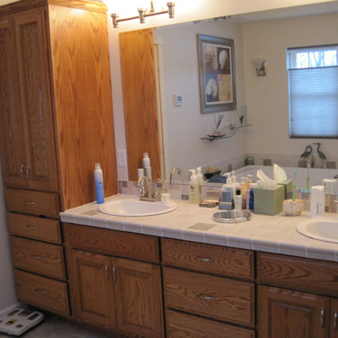 (5) Double vanity with linen cabinet