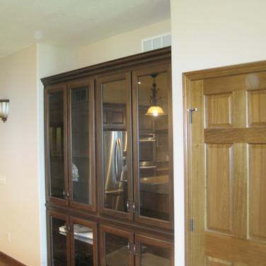 (5) Cherry display cabinet