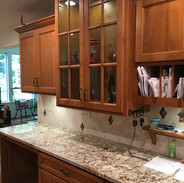 (16) Maple Kitchen