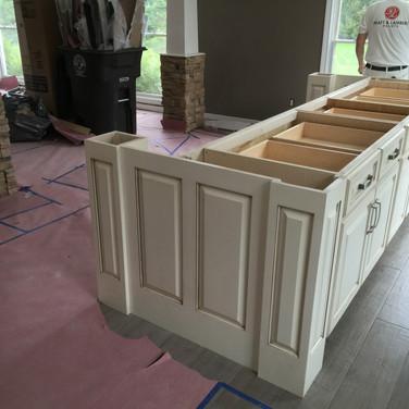 (41) Glaze on white kitchen