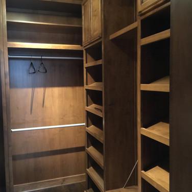 (14) Alder Master Closet
