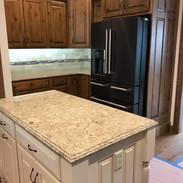 (10) Knotty Alder Kitchen