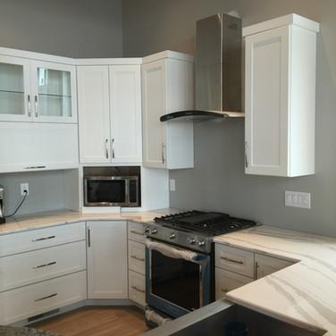 (38) White Kitchen
