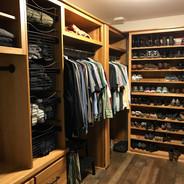 (31) Hickory Master Closet