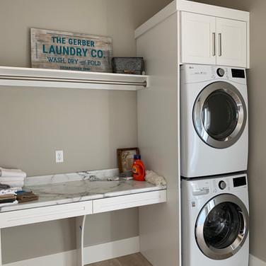 (48) Laundry Room