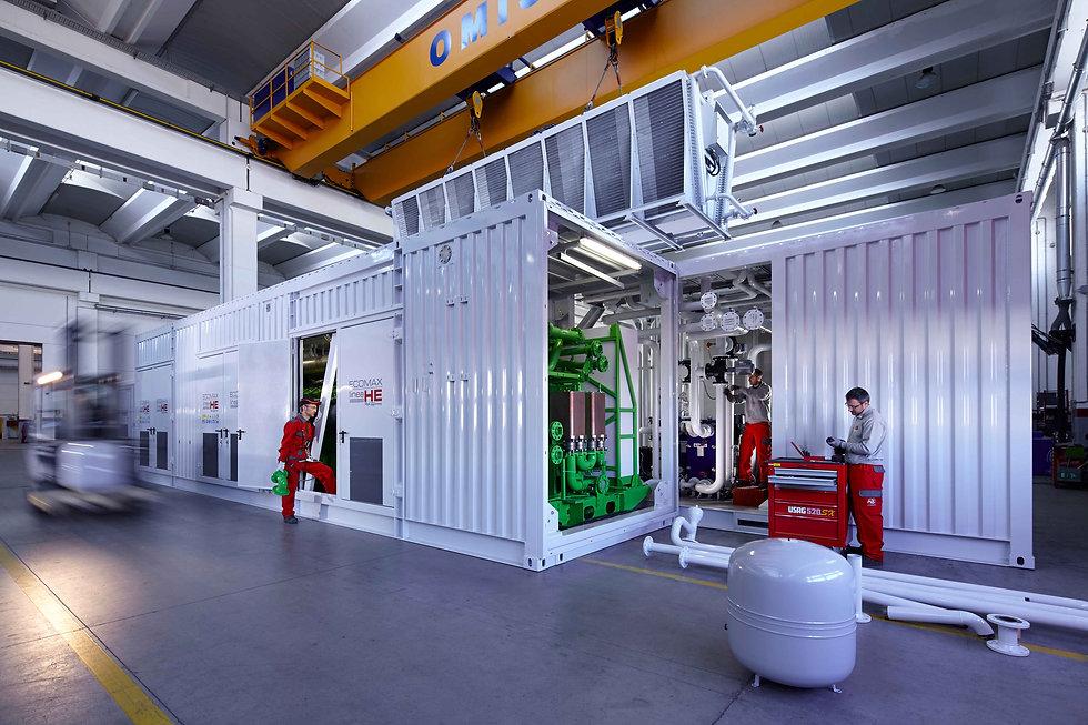 תהליך הרכבה ובדיקת מנוע במפעל AB באיטליה