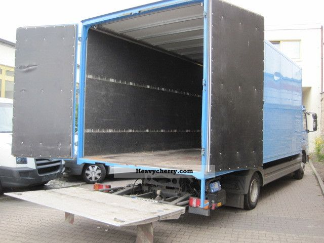 mercedes_benz__atego_815_l_closed_box_with_tail_lift_u0026_dpf_only_133800km_2002_4_lgw