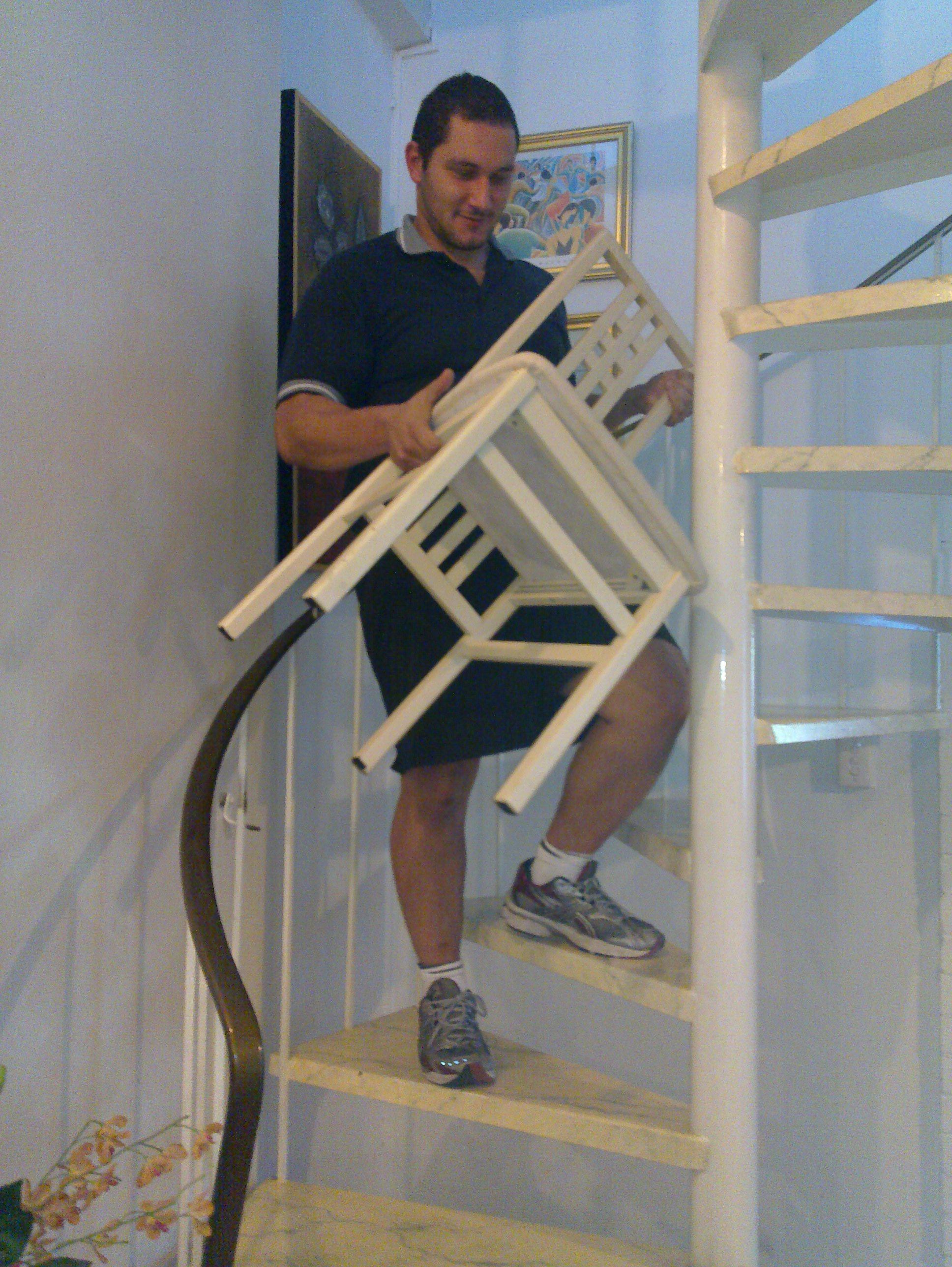 Narrow_stairs_tight_Staircase_furniture_removals