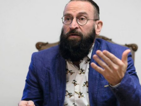 Hungarian MP Resigns After Getting Caught Fleeing 25-Man Orgy Through A Window