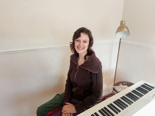 Holly and piano