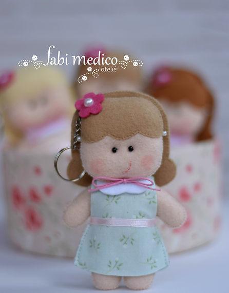 boneca chaveiro2.jpg