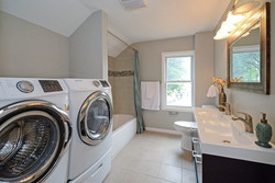 415_banfil_street_MLS_HID1036200_ROOMbathroomlaundryroomupperlevel