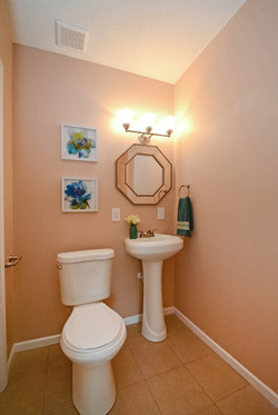415_banfil_street_MLS_HID1036200_ROOMbathroommainlevel