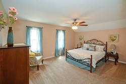 415_banfil_street_MLS_HID1036200_ROOMmasterbedroomupperlevel1