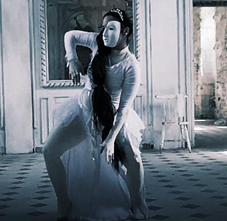 Esmii Lydie, artiste danseuse, toulouse, France