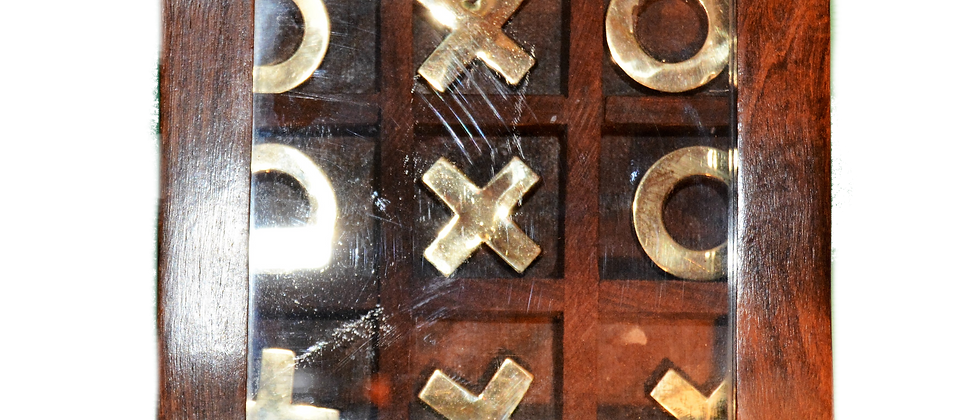 Tic-Tac-Toe Box with Glass