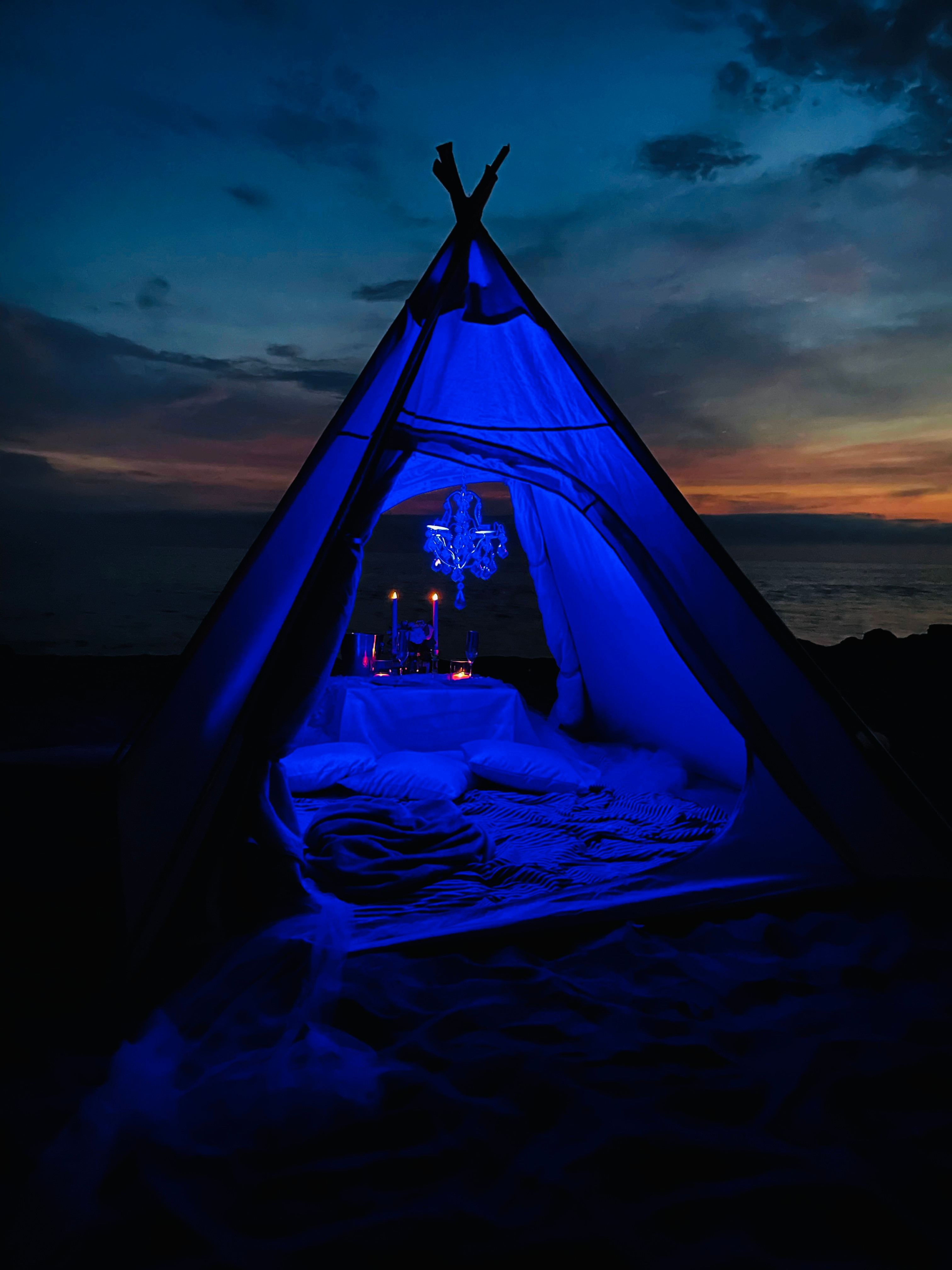 Sunset & Stars Teepee Pop-Up for Two