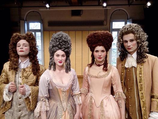 Kostüm Lisa Mattiuzzo, Roman Rübe, Anna Elisabeth Kummrow, Julian Laybourne