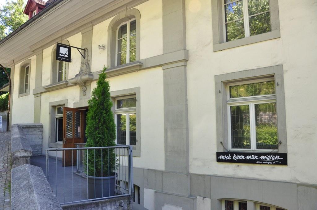 Mahogany Hall Bern