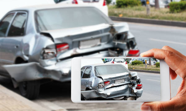 The Importance of Taking Pictures After a Car Accident