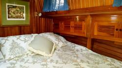 fwd cabin 2