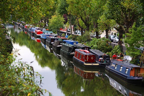 Canal-Boat-Image-December-2017.jpg