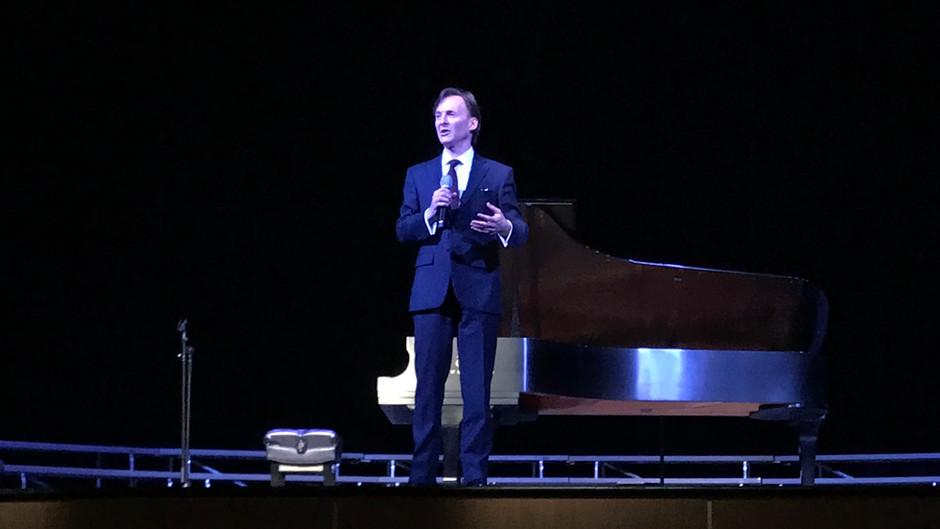 Collierville High dedicates Pickler Auditorium with private concert
