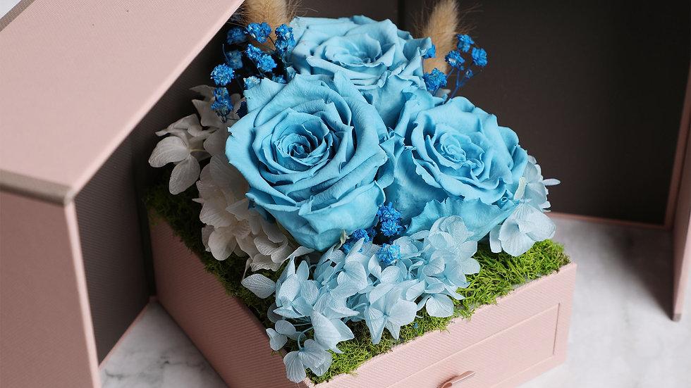 Love in the box ( blue ) jewelry box