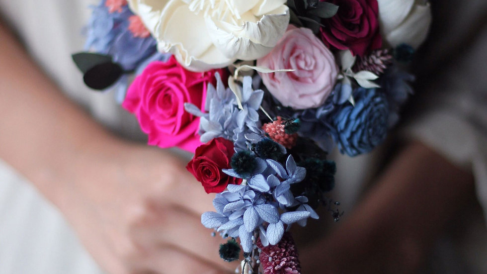 Waterfall bouquet ( New York Only )