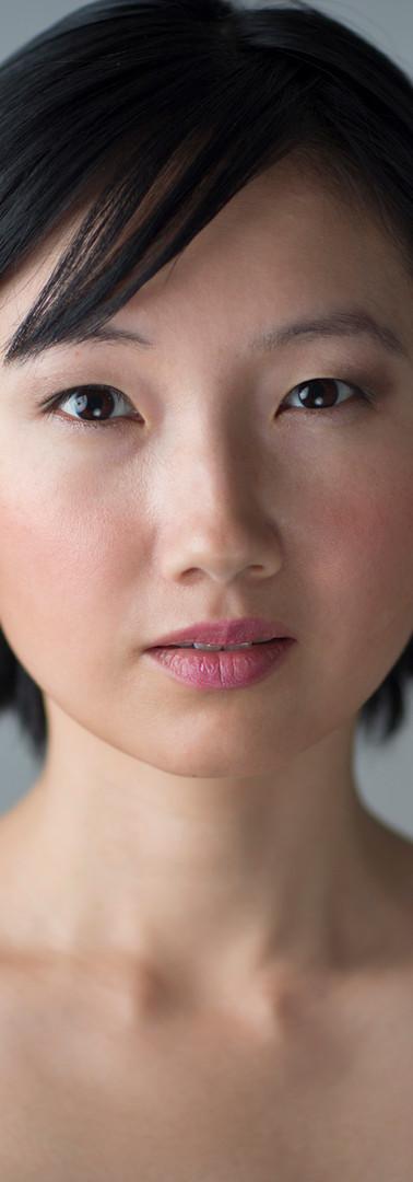 アジアの女性のヘッドショット