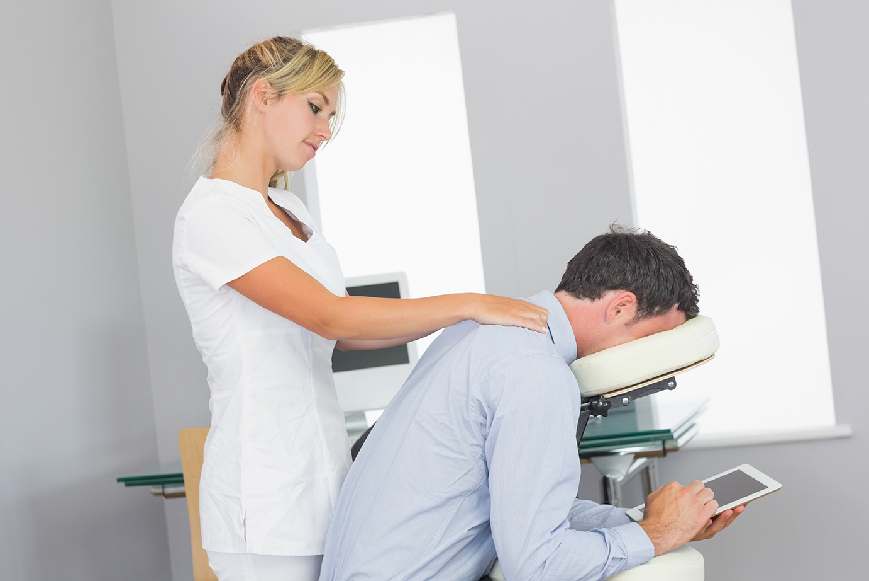 Office and amateur massage   Porn images)