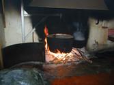 Caldera con fuoco