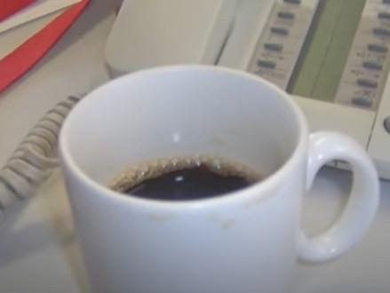 WILT U WAT ZWAAR WATER BIJ UW KOFFIE?
