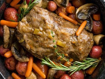 Nieuw koosjer recept  -  sappig braadstuk in groentesaus