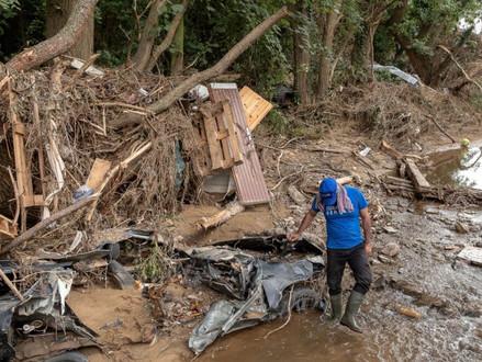 IsraAID helpt door overstromingen getroffen plaatsen in Duitsland