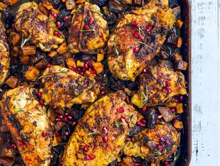 Nieuw koosjer recept  - kip met granaatappelsaus en dadels